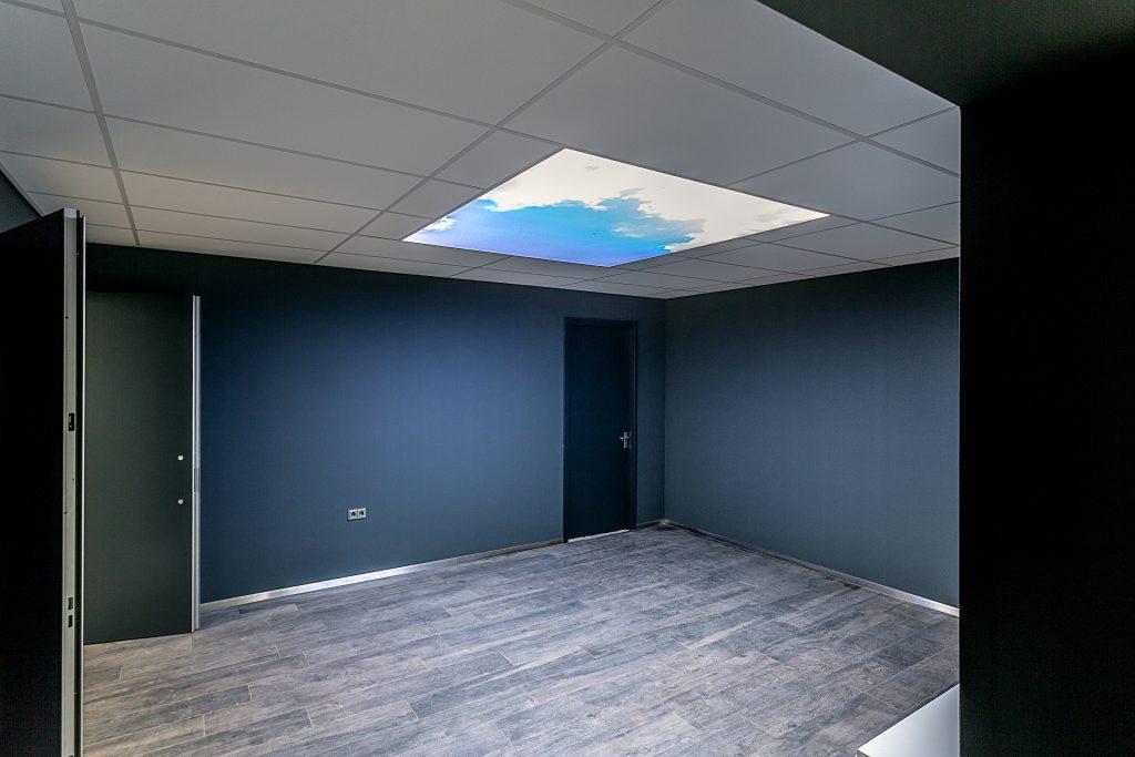 Fotoplafonds in een kamer